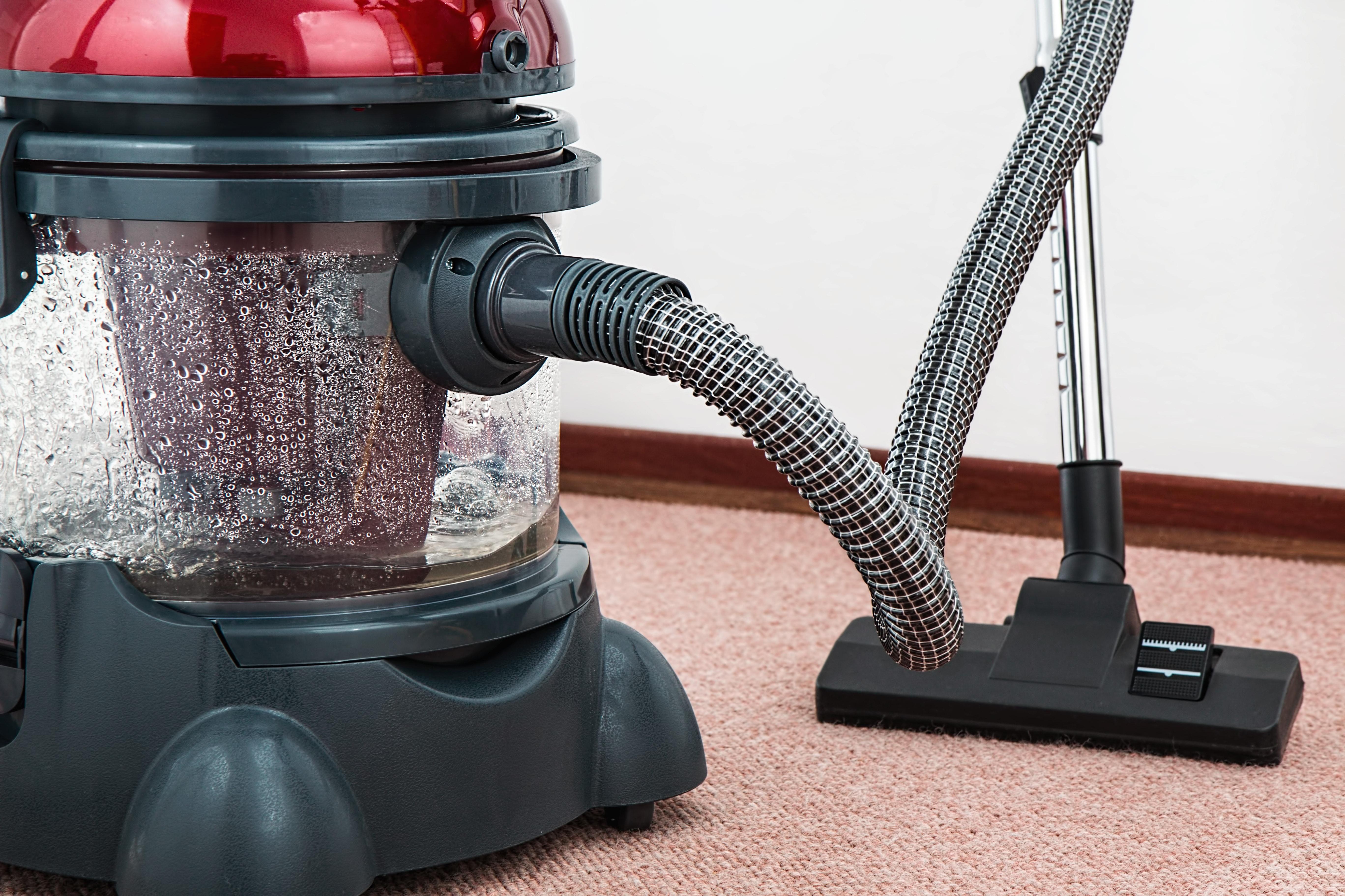 appliance-carpet-chores-38325 (1)